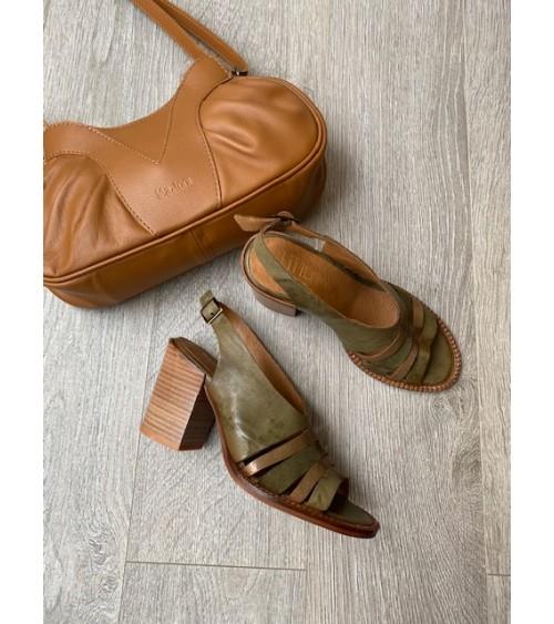 Sandale talon kaki